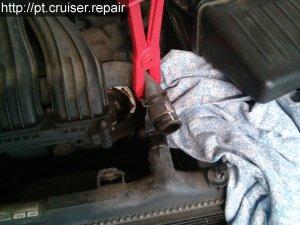 Remplacer le ventilateur du radiateur d'un Chrysler PT Cruiser 2.4L de 2005